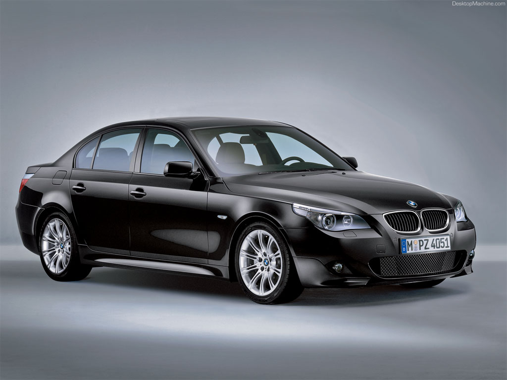 21_BMW 520d - Specifications SE Model__
